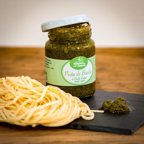 Le pesto de basilic à l'huile d'olive vierge extra